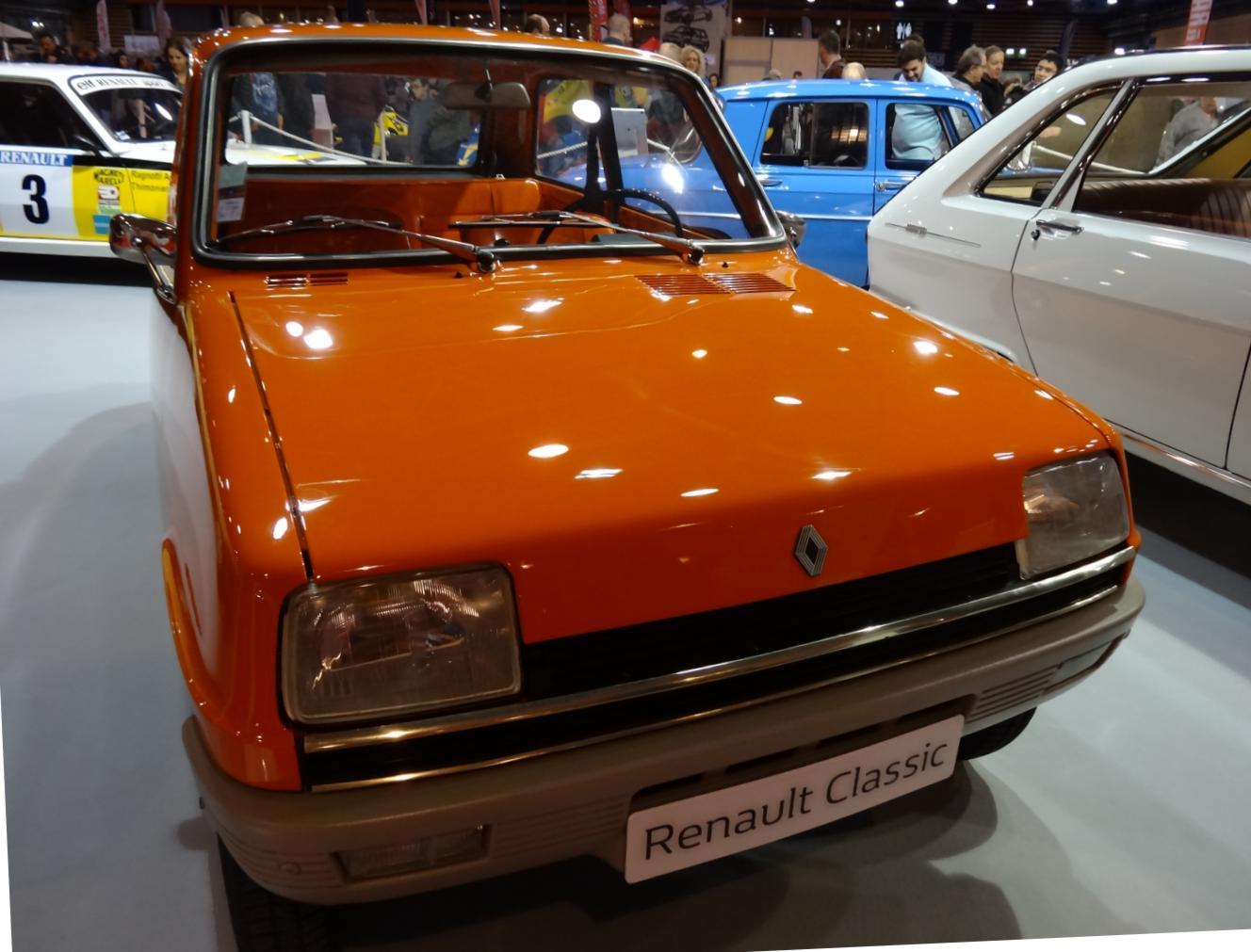 18 EpoquAuto Expo Renault 4