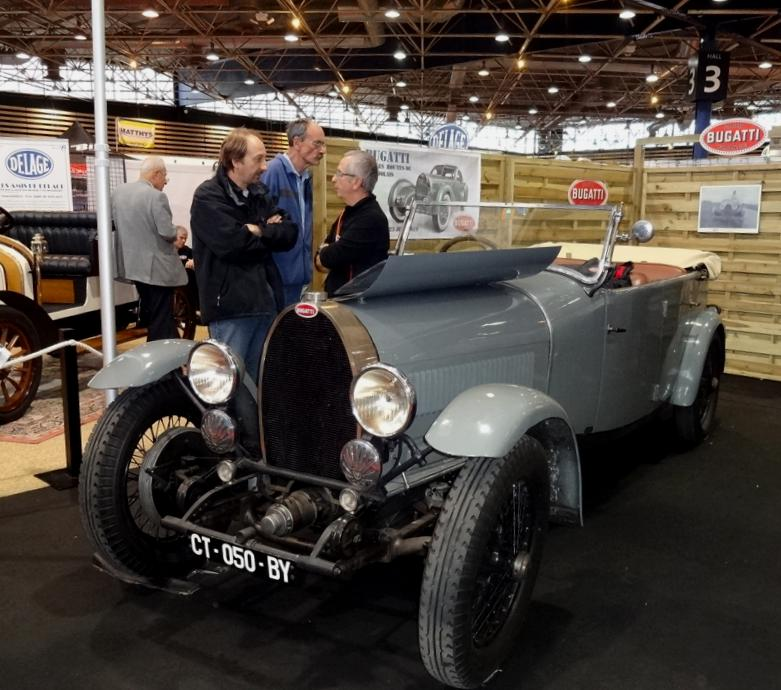 18 EpoquAuto Stand Bugatti
