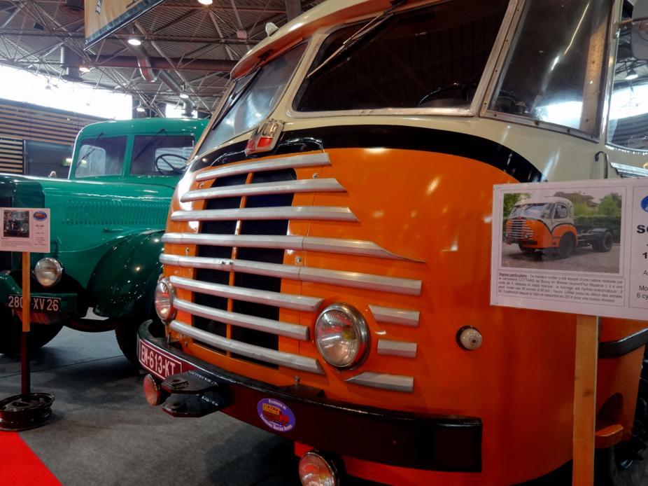 19 Salon EpoquAuto Halle 6 Vehicules Utilitaires 3