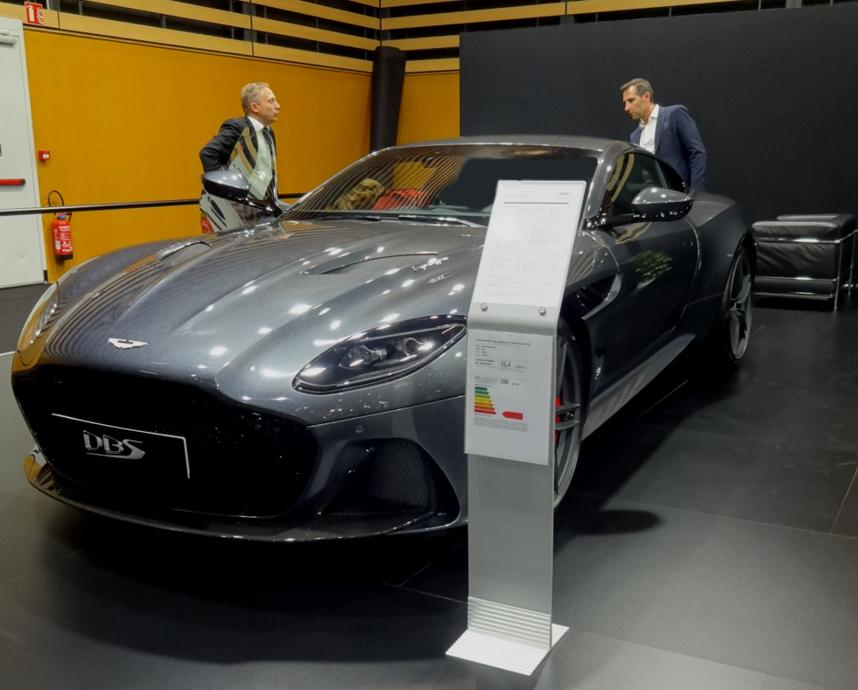 19 Salon Auto Lyon Aston Martin DBS